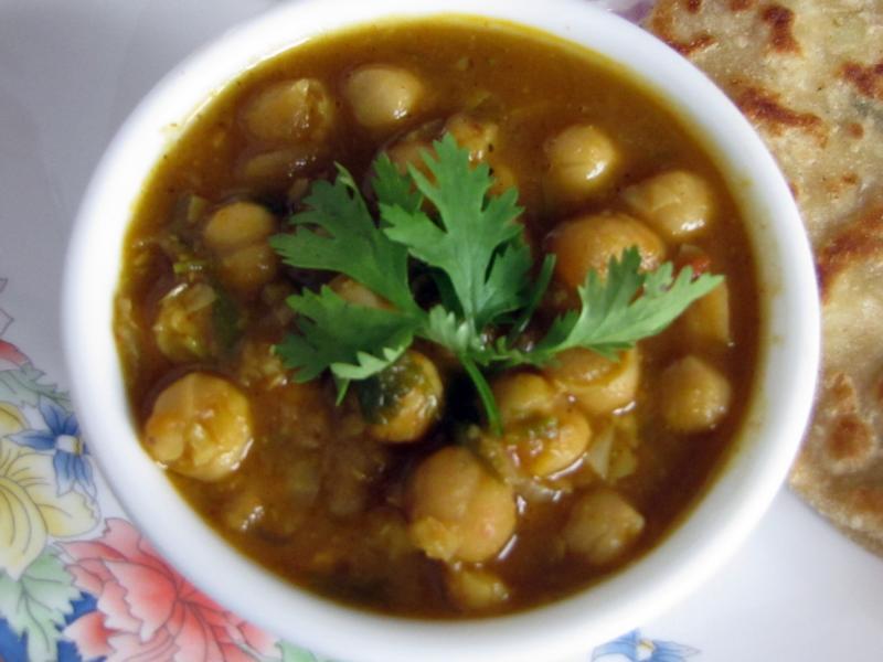 Chole Masala (Chickpeas Curry)
