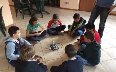 Yunik: scienziati si diventa formulando ipotesi sui robot