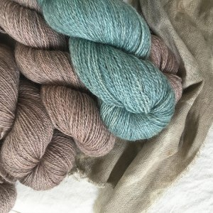 bluefaceleicester-gotland-yarn-dyed-by-yurwool-sweater-quantity