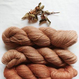 yarn-yurwool-bfl-gotland