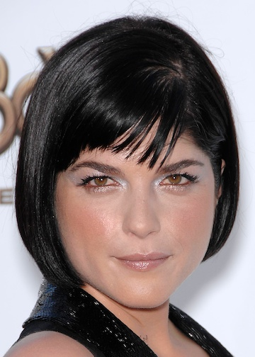 Selma Blair Stylish Short Hairstyle