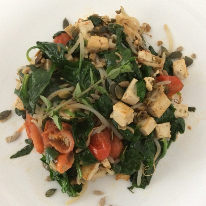Tofu-spinazie-tomaat-oregano-tauge-koken-bakken-yustsome-1