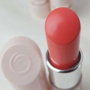 Oriflame-the-one-5in1-colour-stylist-lipstick-review-swatches-yustsome-peach-pavlova-2