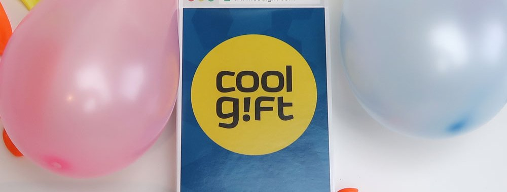 cool-gift-promo-verjaardag-gadget-cadeau-review-yustsome-feest-opa-oma-kind-papa-mama-vader-moeder-1