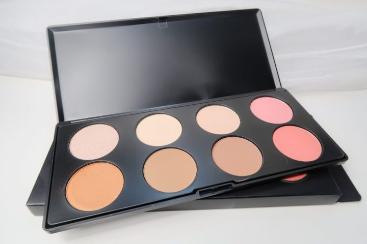 Max & More, highlighting, contour, blush, foundation, makeup, review, yustsome, action, nederland, budget