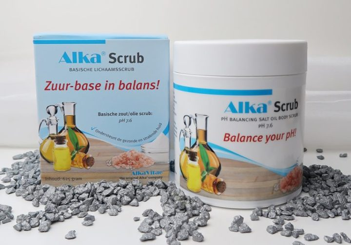 Alka-zuur-base-in-balans-scrub-body-huid-verzorging-yustsome-Intro