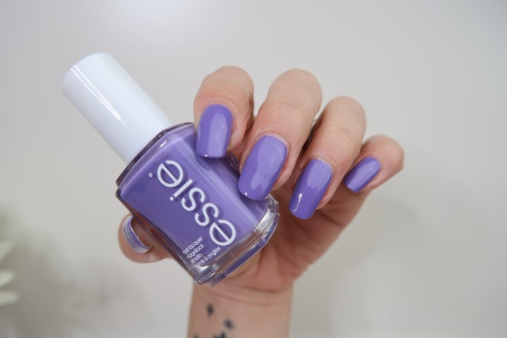 Essie shades on swatch yustsome purple nailpolish nails vernis ongles