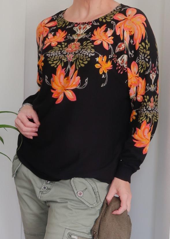Bonprix.nl, trui, vest, herfst, fashionover40, fashionblog, blog, yustsome, zwart, oranje, bloemen