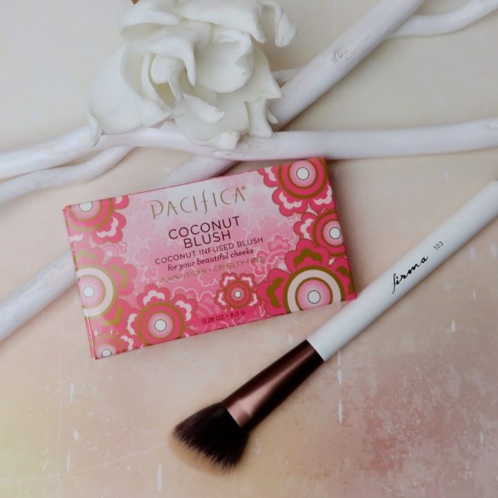Pacifica, coconut, blush, cosmetics, cruelty free, vegan, make-up, beauty, blog, yustsome, beautytrutje, review