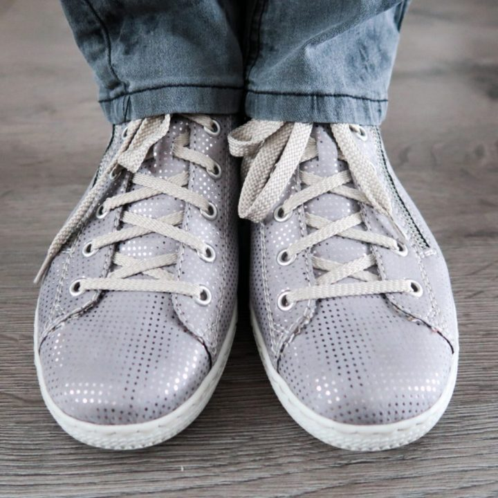 Rieker, sneaker, flexibel, antistress, zilver, grijs, footway, fashion, blog, glimmend, schoenen, yustsome