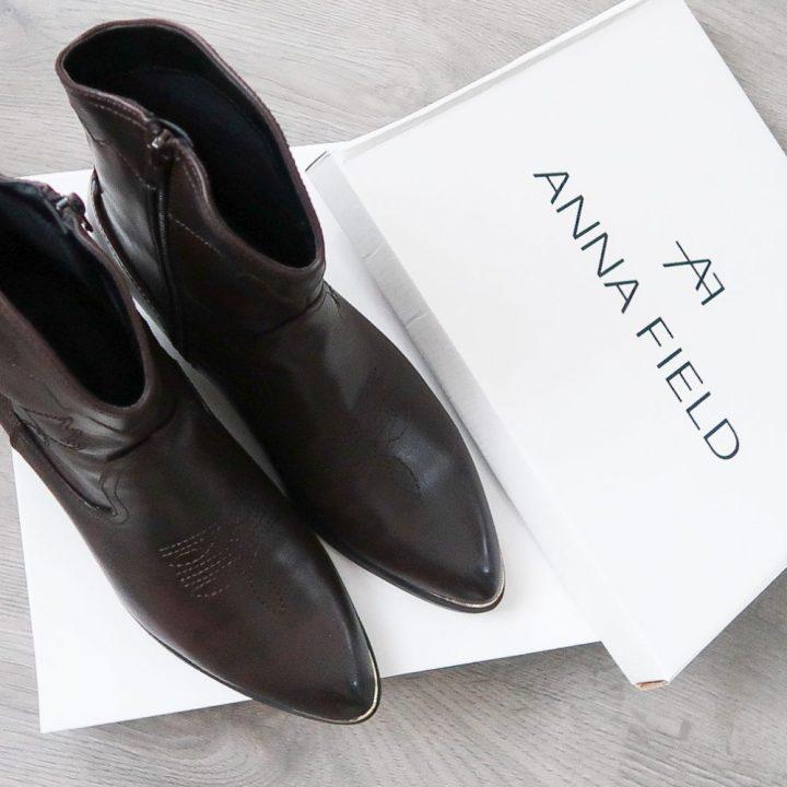 Ana alcazar, cardigan, fashion, mode, 50 plus, vest, designer, zalando, western, boots, bruin, brown, blouse, beautysome