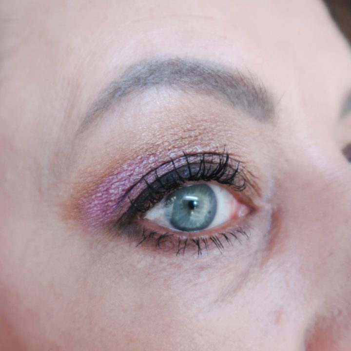 Hikari, eyeshadow, palette, look, makeup, 50 plus, BEAUTYSOME, oriflame, lipstick, eyeliner, eyes,
