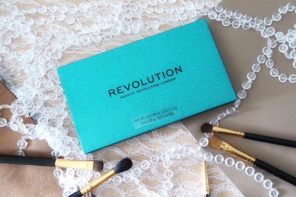 Precious Stone Eyeshadow Palette Emerald | Revolution