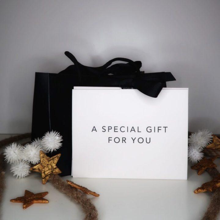 brandfieldcadeau, gratis, gekregen, juwelen, sieraden, cadeaukaart, herengeur, giftcard, gift, webwinkel, goodybag, review,