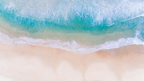 ハワイの白波
