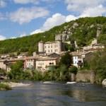 Vogüé(ヴォーギュエ)- フランスで最も美しい村巡り2012 No.14 -★★★★☆