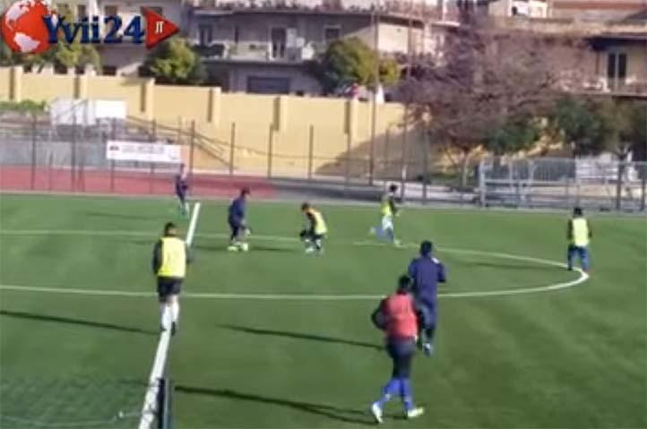 Calcio, in promozione il Biancavilla capolista di scena a Pozzallo