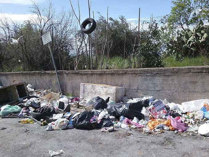 Piano rifiuti Sicilia, «priorità a impianti pubblici». E Biancavilla spera di evitare gli impianti a Piano Rinazze