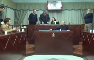 La parte finale della seduta è stata presieduta dalla consigliera Ada Vasta