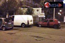 La Clio dell'investitore e il furgone, primo mezzo coinvolto - Foto Luca Crispi