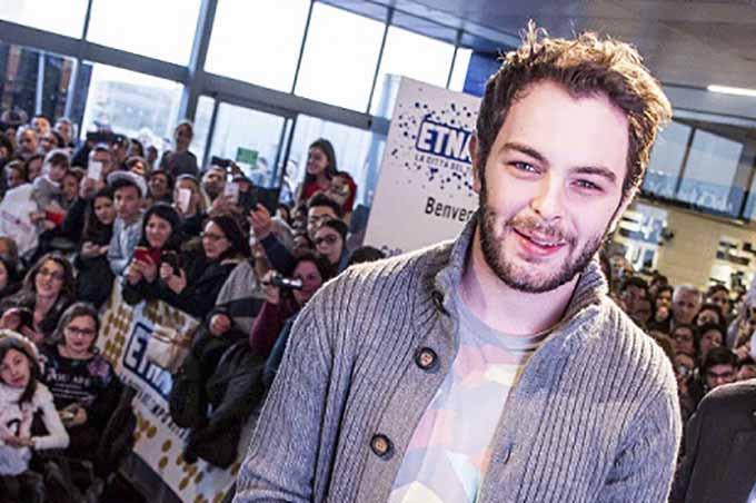 Lorenzo Fragola a Etnapolis, fan in delirio