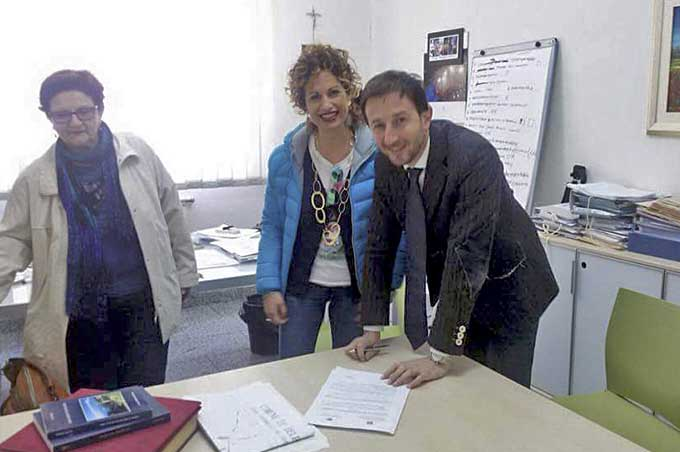 """""""Decoriamo Belpasso"""", firmato protocollo d'Intesa tra comune e Scuola Media """"Martoglio"""""""