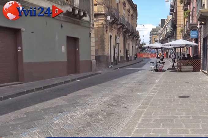 Biancavilla, lavori in via Vittorio Emanuele commercianti sul piede di guerra