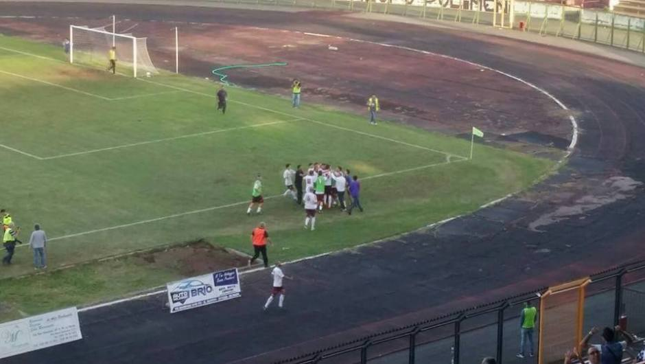 Calcio, rinascita Acireale: 2-0 al Sant'Agata