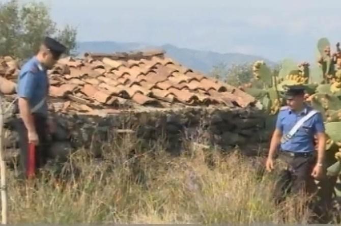 Il luogo del ritrovamento del cadavere, fra un casolare e le coltivazioni di ulivi e ficodindia (Immagine tratta dal Tgr Rai Sicilia)