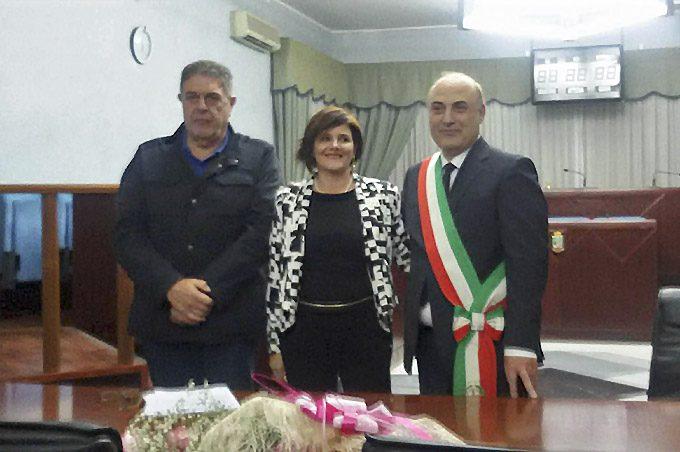 Biancavilla, ha giurato il neo-assessore Rosanna Di Paola, il 13° dell'Amministrazione Glorioso