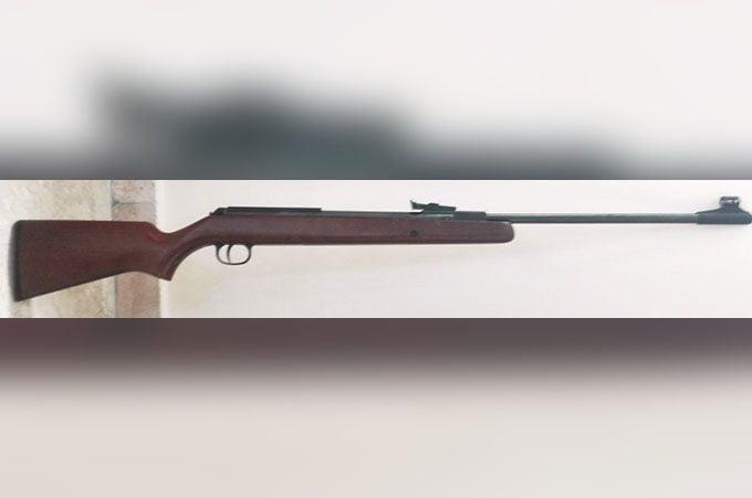 Biancavilla, fucile in camera da letto. Denunciato 20enne