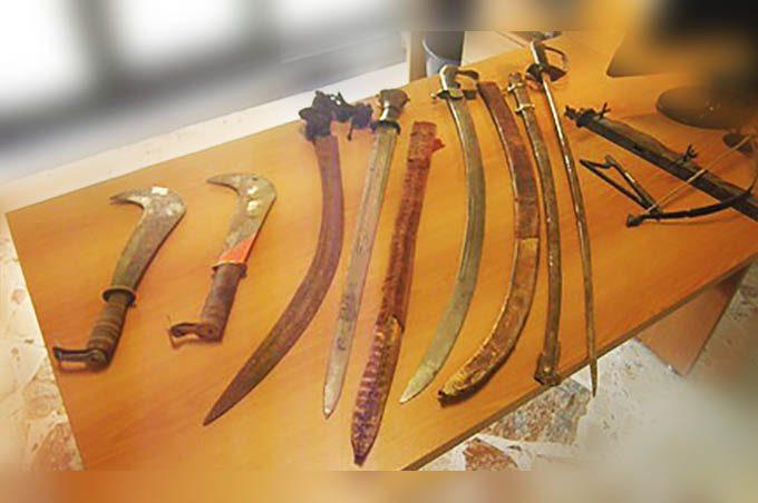 Catania, possesso di armi antiche: denunciato marocchino