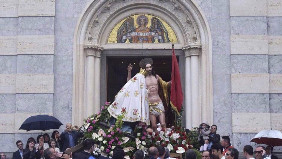 Adrano, la Pasqua 2017 fra fede e tradizione