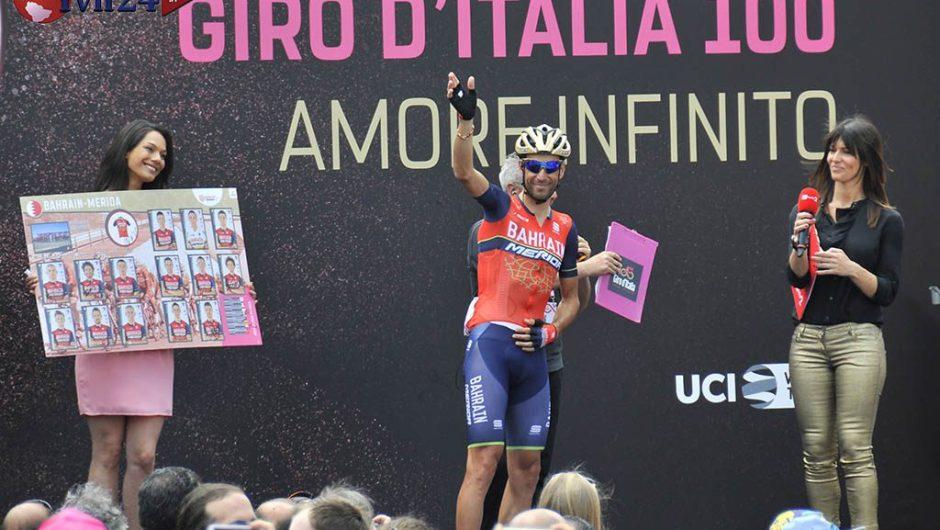 Giro d'Italia, festa a Pedara. Sullo Stretto vince Gaviria