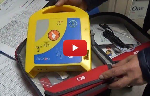 Biancavilla. Consegnati i primi defibrillatori alle scuole cittadine