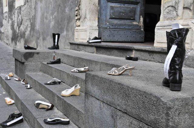 """""""Questo non è amore"""". Giornata internazionale per l'eliminazione della violenza contro le donne con la Polizia di Stato"""