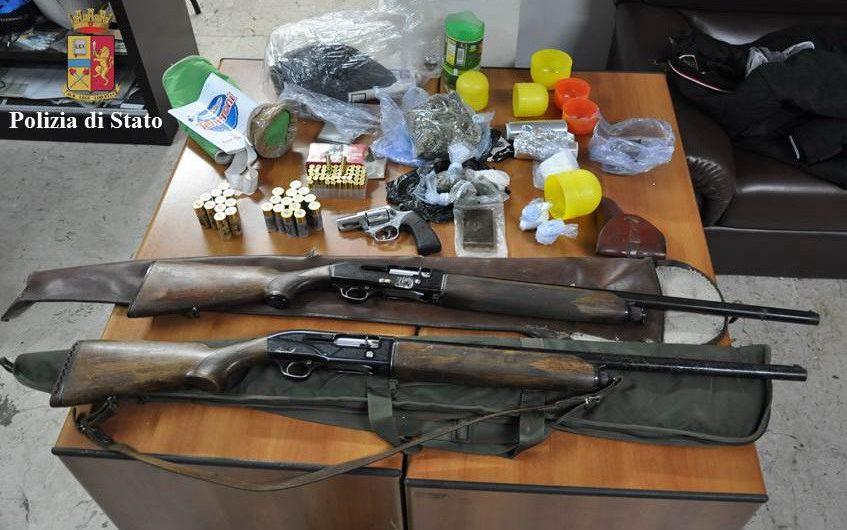 Santa Maria di Licodia, arresto per detenzione illegale di armi e stupefacenti