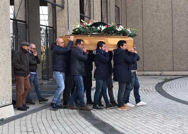 Paternò. Oggi i funerali di Gianfranco Fallica