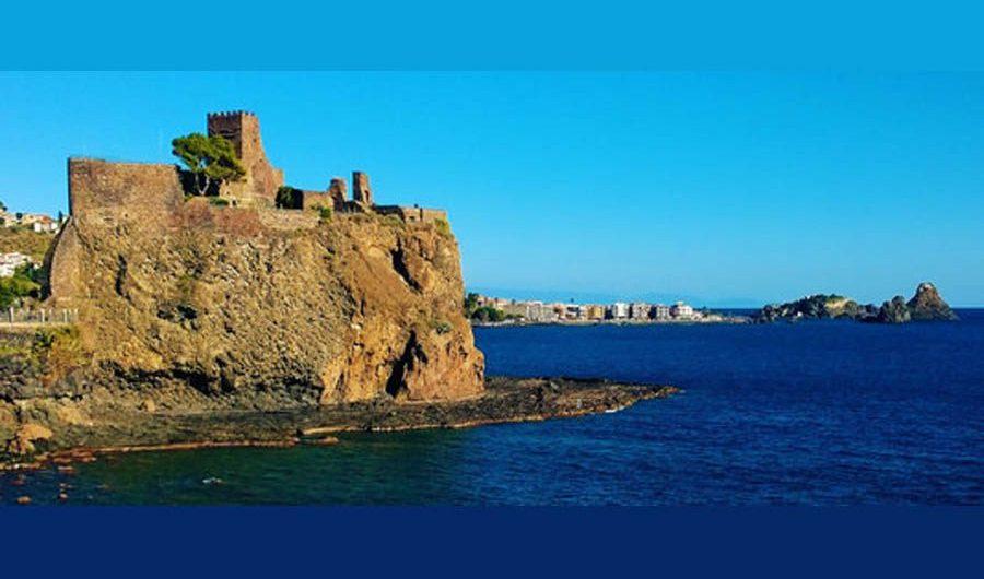 Aci Castello. Interdizione delle aree marittime ordinata dal sindaco