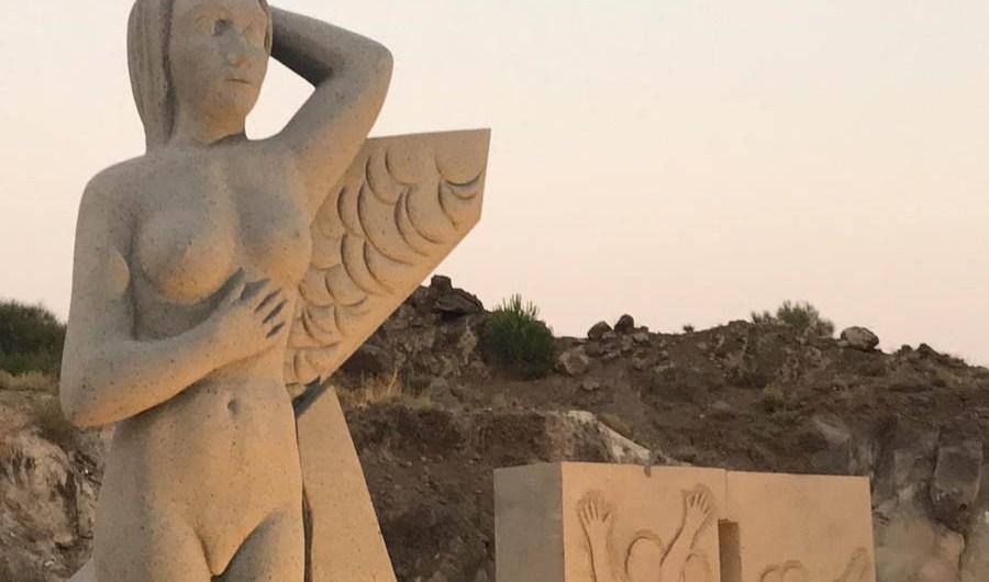 Belpasso. Presentata la scultura celebrativa dell'eruzione del 1669