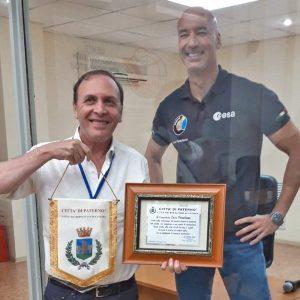 """Il sindaco di Paternò, Naso, """"astronauta"""" con Parmitano"""