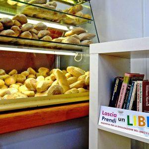 """""""Lascia un libro, prendi un libro"""", la rete nazionale di condivisione nasce a Belpasso"""