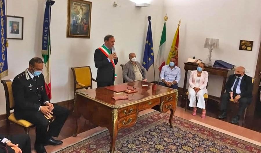 Paternò, a palazzo Alessi il saluto al capitano dei Carabinieri Angelo Accardo