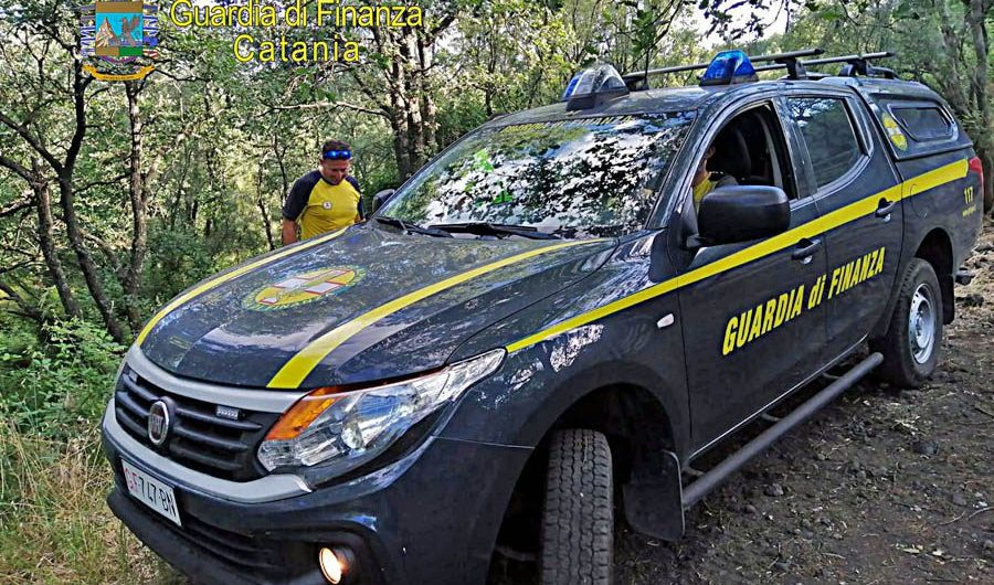 Nicolosi. Cercatori di funghi dispersi recuperati dal Soccorso alpino Gdf