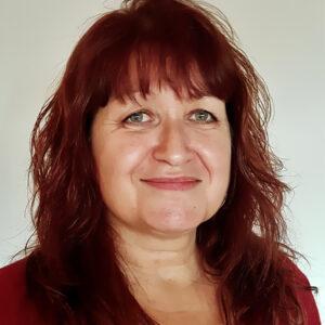 Elizabeth Cronk headshot