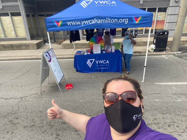 Volunteer Coordinator Mirela Marceta took our Tap to End Violence campaign on the road during Walk a Mile in Her Shoes.