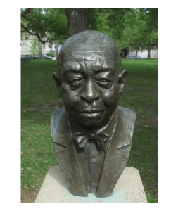 Photo depicting a metal bust of Frank Boyd in Boyd Park, St. Paul