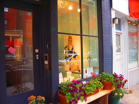 NY- Tribeca- Storefronts, Signs and Windows