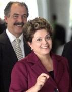 Mercadante está por trás das maiores barbeiragens políticas do governo Dilma.