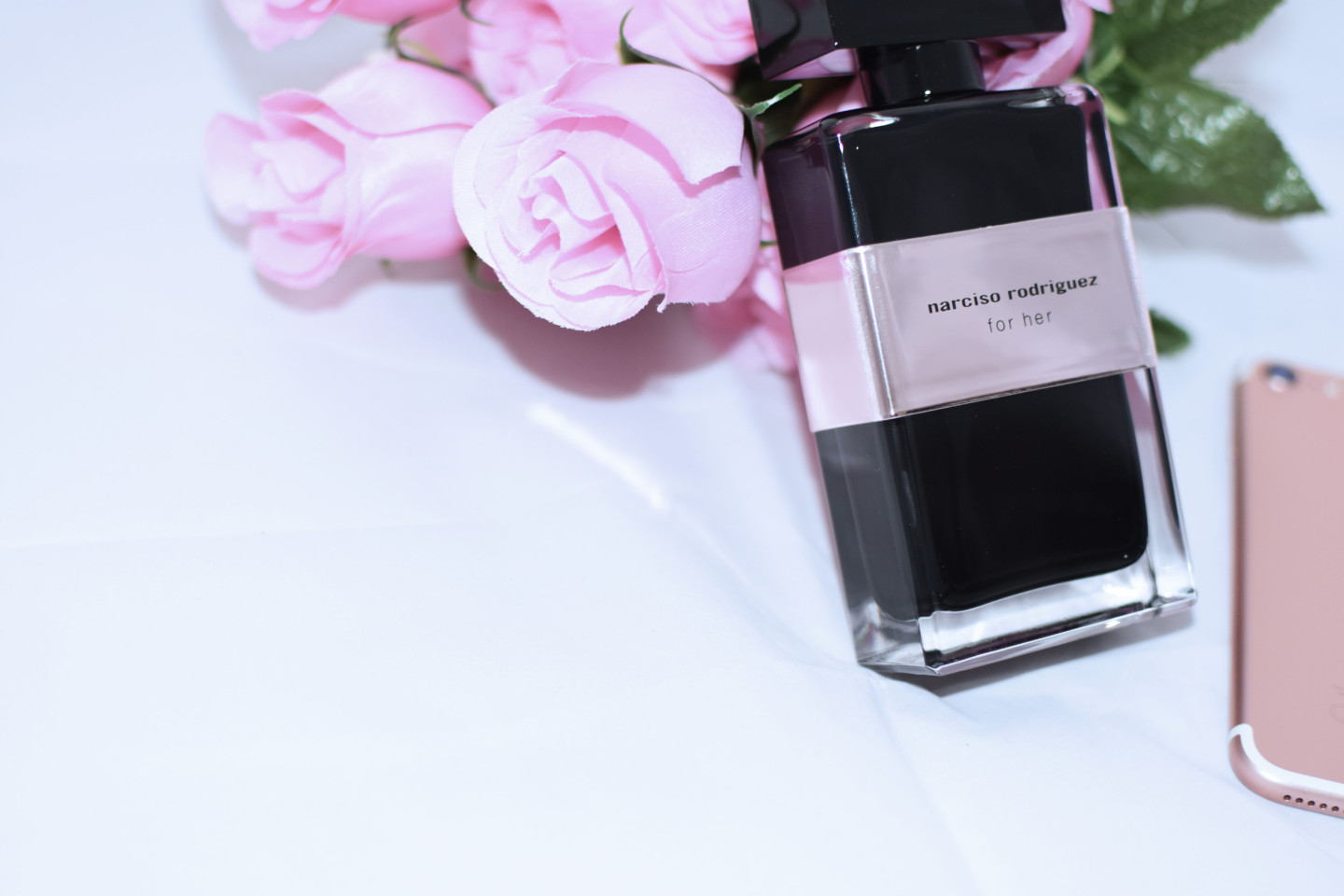 Narciso-Rodriguez-for-her-limited-edition-zagufashion-influencer